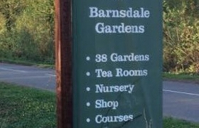 Barnsdale-Gardens-Barker-Sign-Services-Banners8_