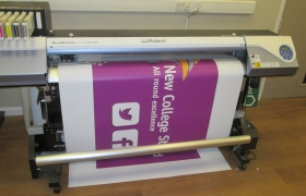 New-College-Stamford-2-Barker-Sign-Services-Banners1_